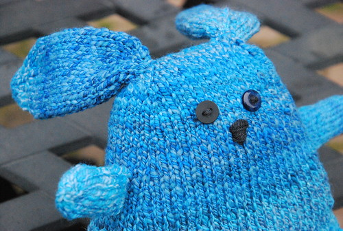 Knit Mario the Artistic Rabbit in handspun Targhee wool by irieknit face detail