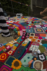 Yarn bombing Besançon 56