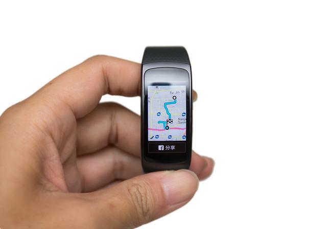 更加進化!趨近完美的運動智慧手環 Gear Fit 2 @3C 達人廖阿輝