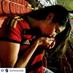#Repost @buhsousak ・・・ Boa noite pra vc que sabe o que é felicidade!!! #lider #sportclubedorecife #sportimagem #meusport  #souSérieA