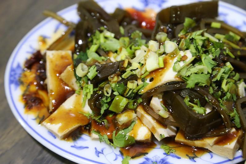 【宜蘭羅東美食小吃】在地人帶路,一間隱藏版小吃「和記 大腸麵線」。