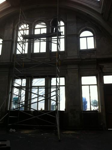 LCOZ ON SET FROSTING WINDOWS
