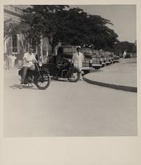 Viaturas e conductores ao Serviço dos CTT de Angola