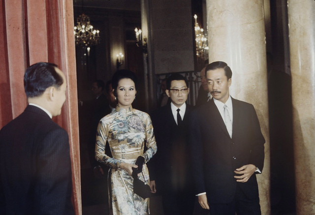Paris 1969 -  Bristol Hotel, South Vietnam's Reception For Nguyen Cao Ky