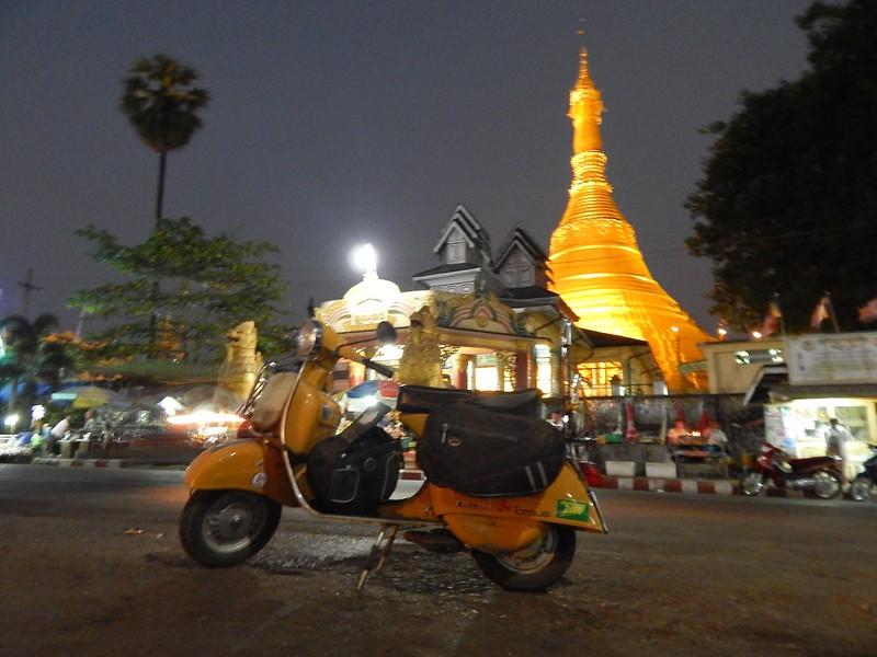 150226-0301 Myanmar (1) (2304 x 1728)