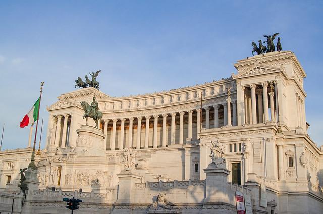 20150518-Rome-Vittorio-Emmanuel-II-Monument-0387