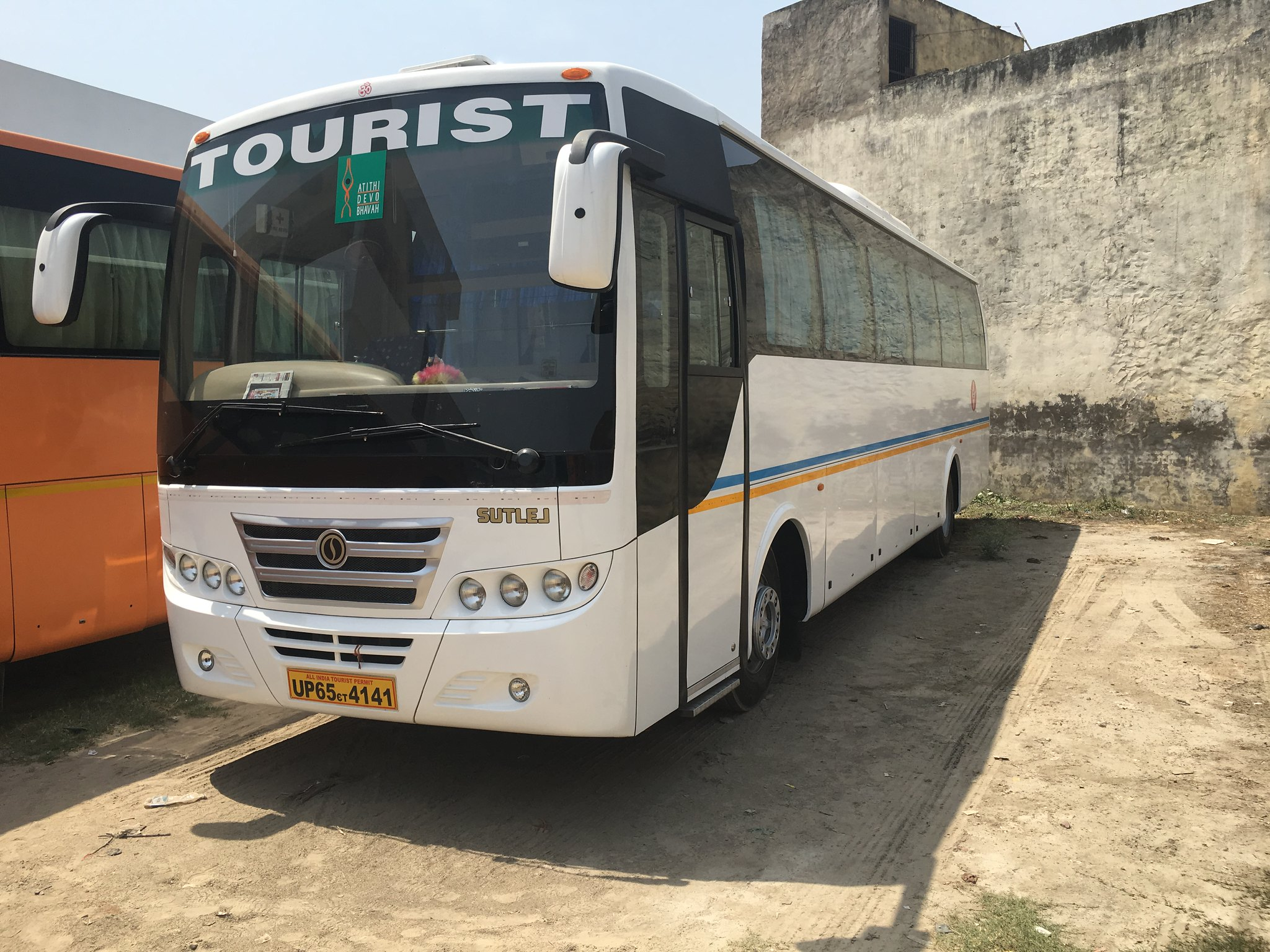 Sutlej 49 Seater Luxury Air Suspension White Bus