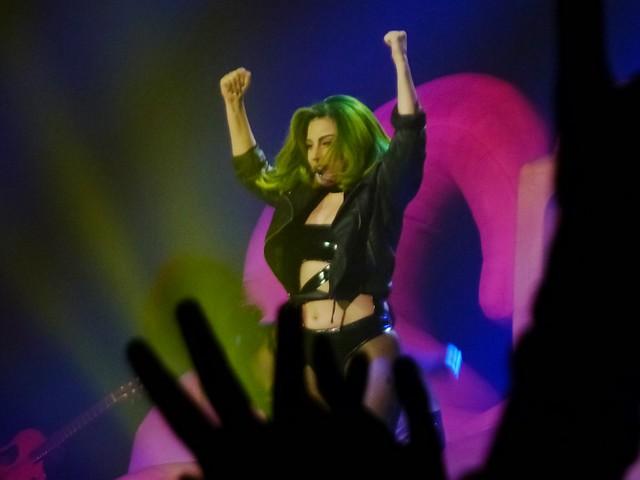 Lady Gaga - artRAVE- The ARTPOP Ball - Zénith, Paris (2014)