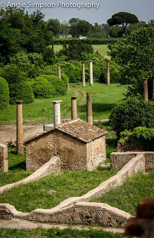 ostia pillars (1 of 1)