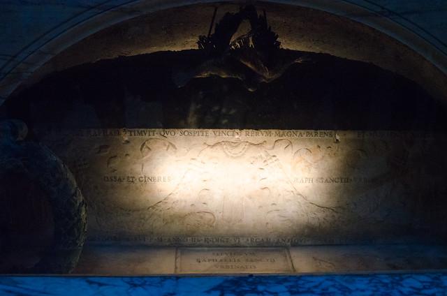 20150518-Rome-Pantheon-Raphaels-Tomb-0294