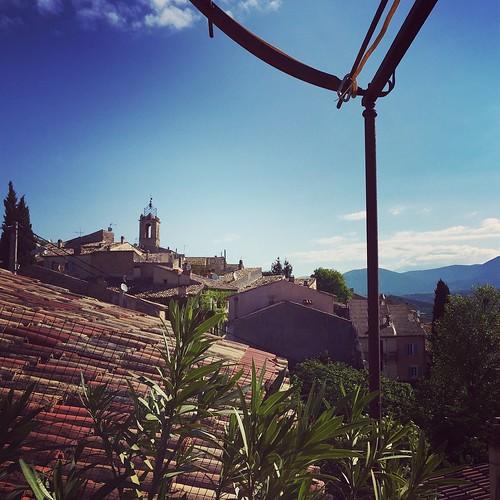 france village view south sunday peaceful provence vue sud verdon puimoisson