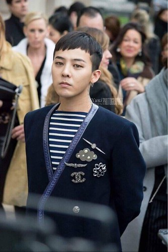 G-Dragon Chanel Haute Coutoure at Grand Palais Paris 2016-01-26 25
