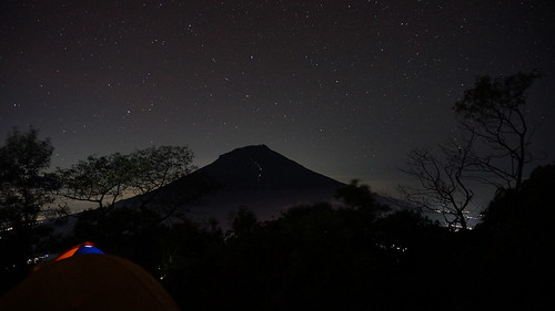 travel light mountain night landscape star sony gunung backpacker wonosobo temanggung pendaki sindoro sumbing nex5t