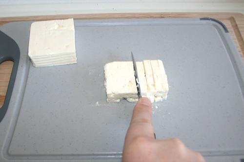 45 - Feta würfeln / Dice feta