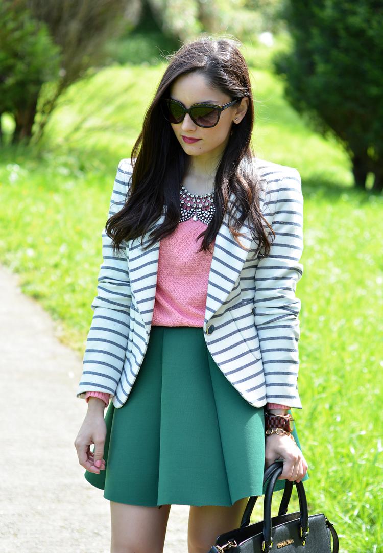 zara_ootd_outfit_falda_neopreno_como_combinar_rayas_coral_06