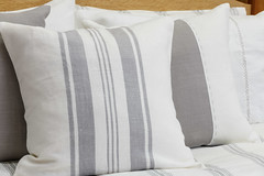 duvet cover(1.0), textile(1.0), furniture(1.0), pillow(1.0), throw pillow(1.0), cushion(1.0),