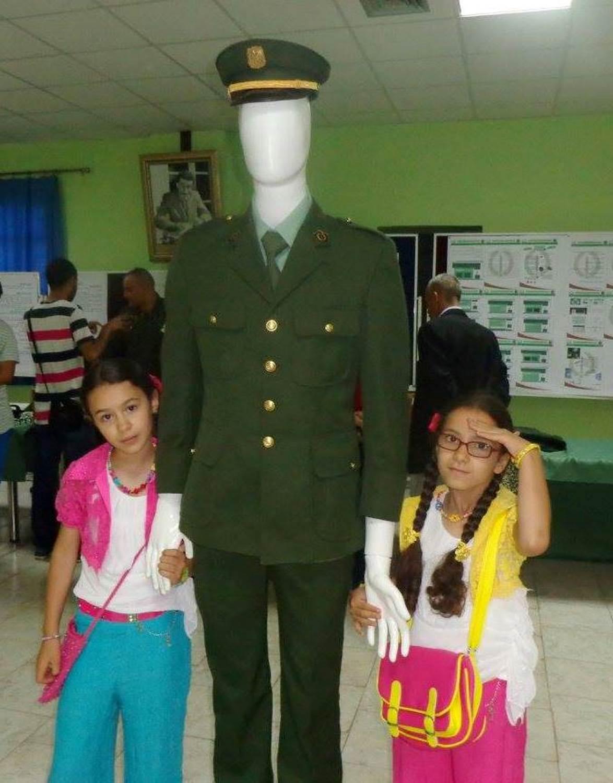 البذلات الجيش الوطني الشعبي الجزائري [ ANP / GN / DGSN / Douanes ]  - صفحة 6 28272381811_a1ba9f3c54_o