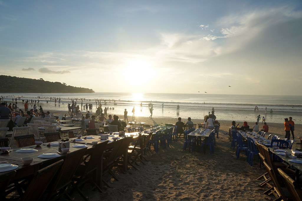 jimbaran beach - seafood - night time -003