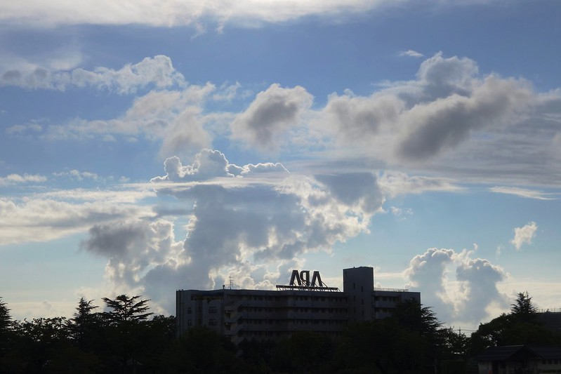 台風の日の雲