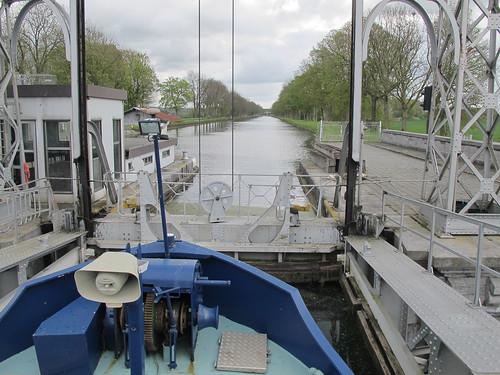 Strépy-canal-22-04-2016-11-04-32