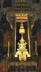 Emerald Buddha Statue at Wat Phra Kaew