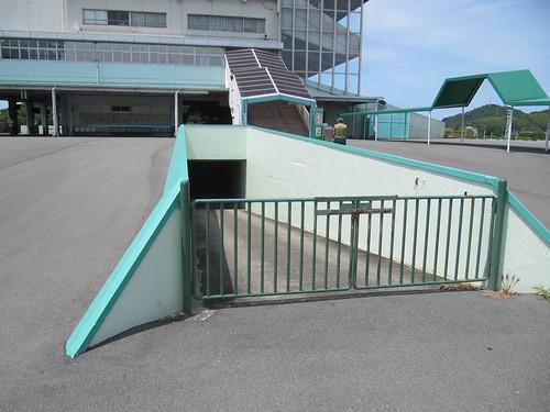 姫路競馬場地下通路