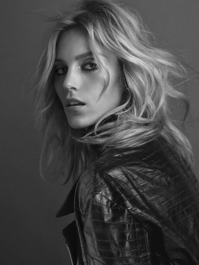 Аня Рубик — Фотосессия для «Vogue» PT 2016 – 1