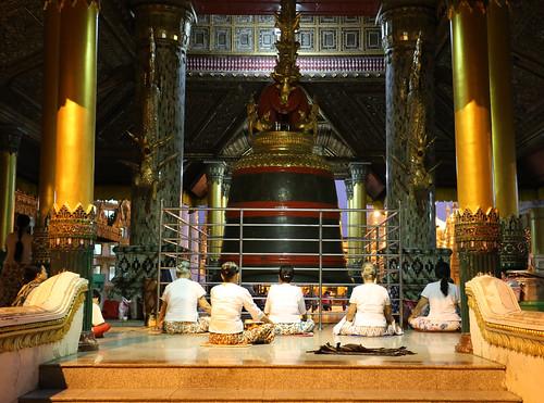 shwedagon-bell-2