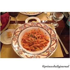 "Friday night Date Night #whatsprinceeating: ""Penne Carrerreteria"" www.princesdailyjournal.com #princesdailyjournal #princeinthecity #pasta #foodie #foodart #myfab5 @bestfoodsandiego @bestfoodboston #sandiego #caliswagg #fridaynight #datenight #sd #entrepr"