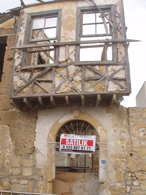 201312060101-Lefkosa-Arabhamet-quarter_resize