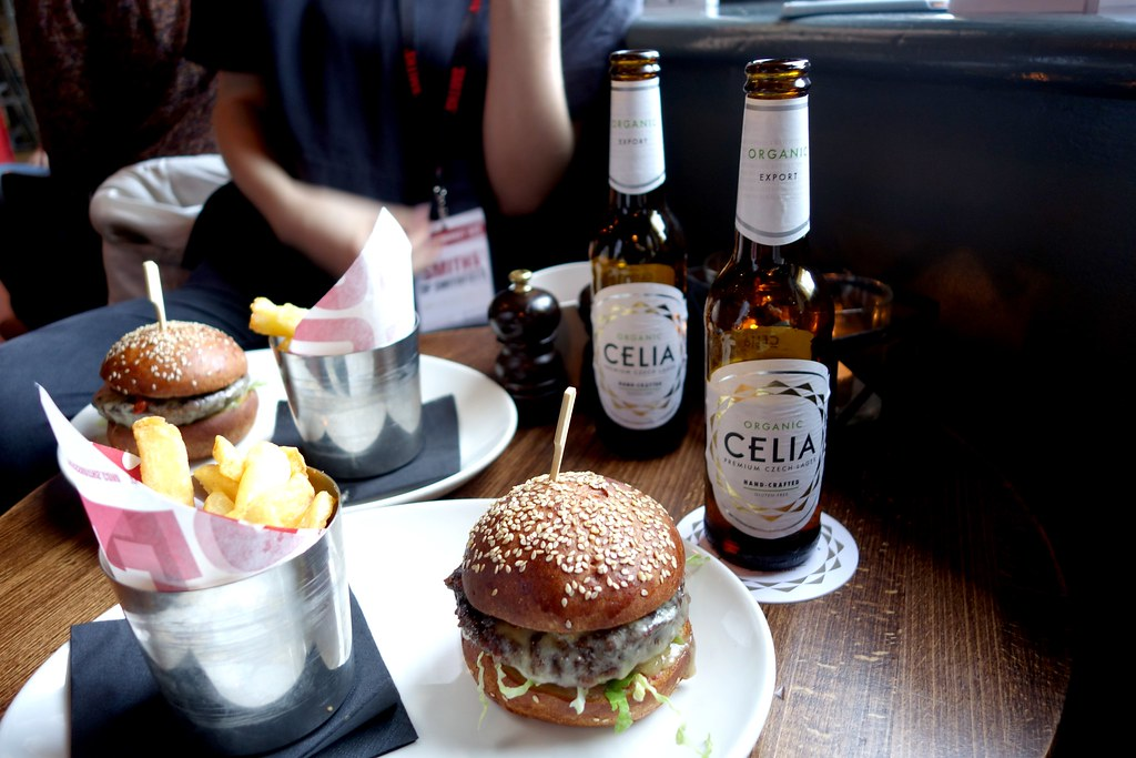 Celia at Smiths - Gluten Free Beer and Burger