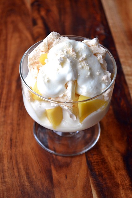 healthy mango eton mess