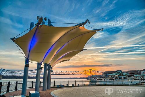 bridge blue sunset sunrise downtown kentucky ky glover pavilion canopy cary owensboro batwing smotherspark