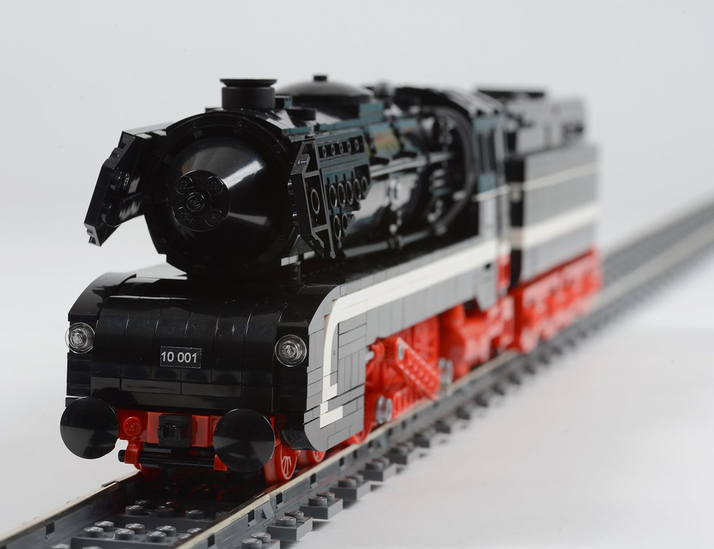 LEGO BR 10 steam engine