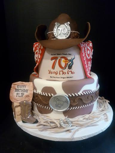 Cake by Lillian Chng of Decorated Confections