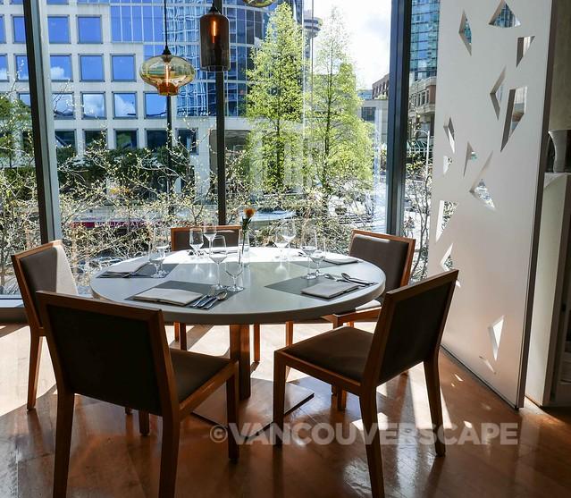 ORU Restaurant-Fairmont Pacific Rim-2