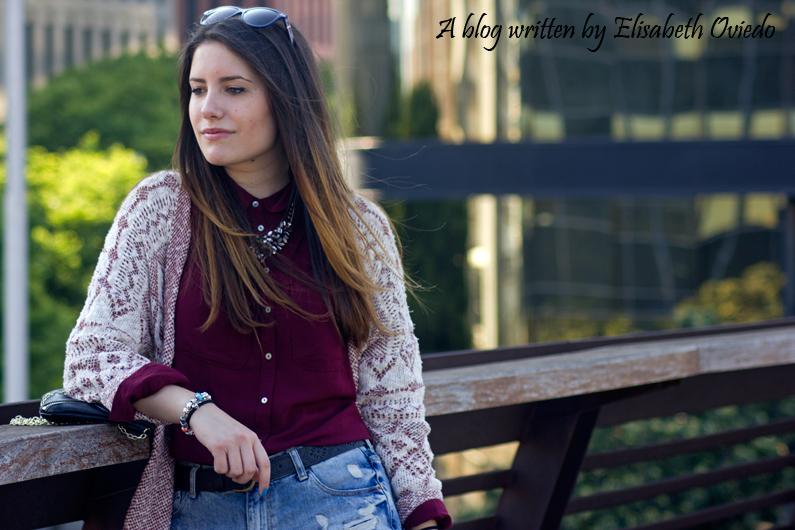 shorts denim camisa burgundy look HEELSANDROSES (11)