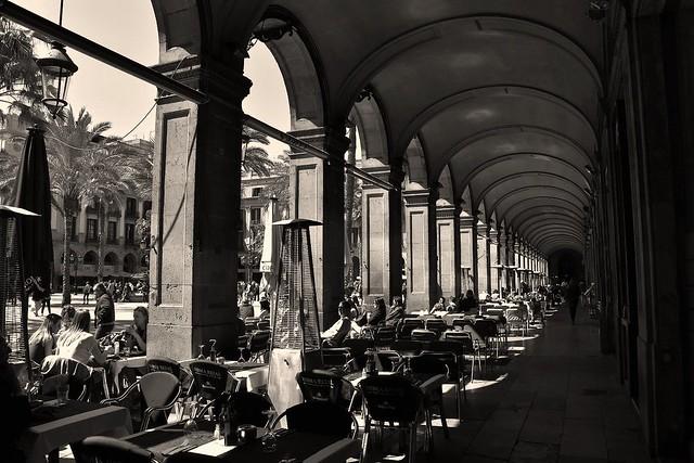 L'encant de Barcelona . ( The charm of Barcelona )