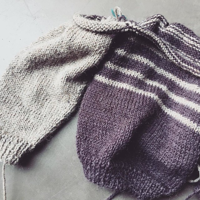 It's taking shape. #knitting for little ones is fun and gratifying because the reward comes with far less stitches compared to knitting for adults. Happy Sunday!