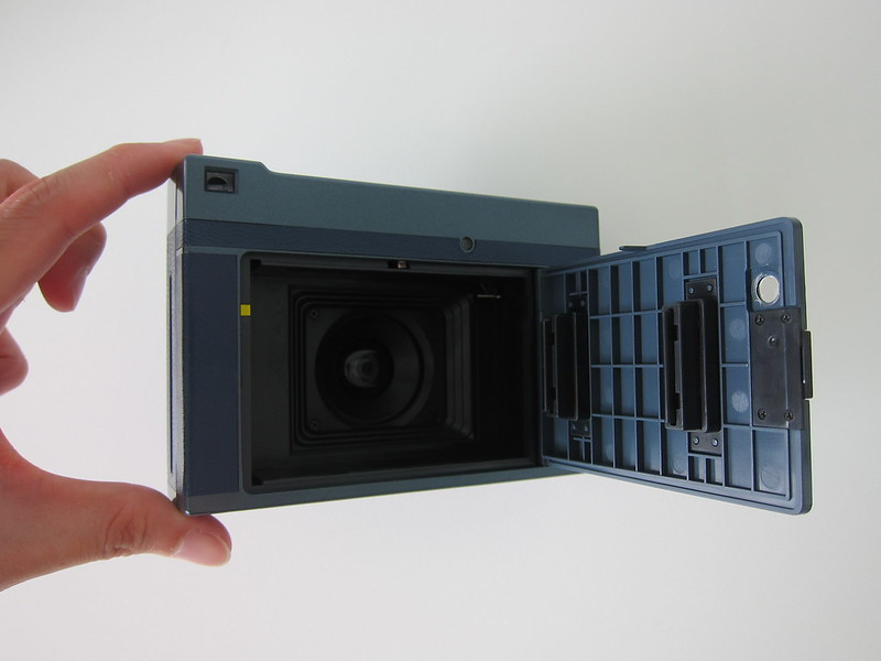Lomo'Instant - Film Compartment