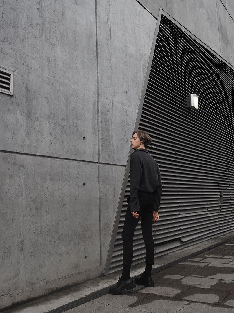 mikkoputtonen_fashionblogger_london_outfit_style_luisaviaroma_allsaints_jilsander_platform_runway_derbies_shoes_jwanderson_simonnjewelry_mensfashion4_web