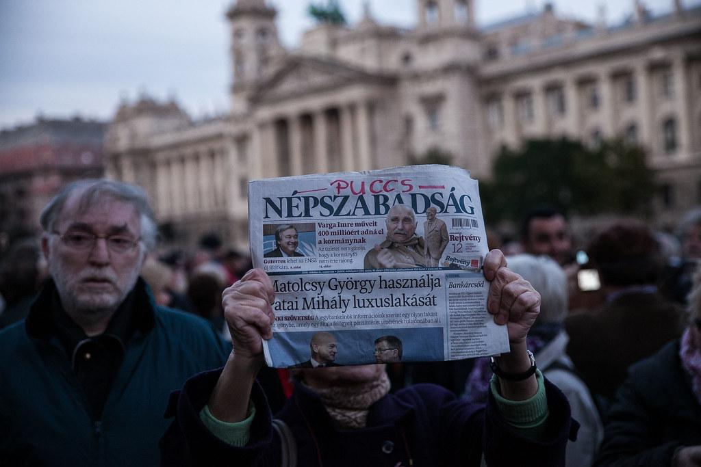 20161008 Népszabadság tüntetés