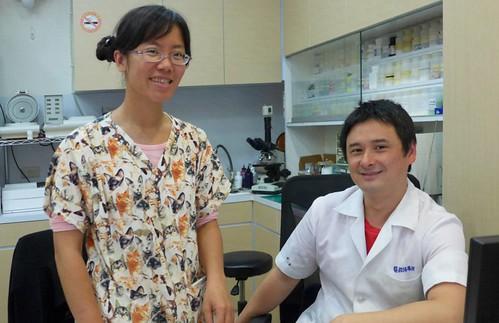 歐陽夢澍醫師(右)、王齡敏醫師(左);攝影:陳文姿。