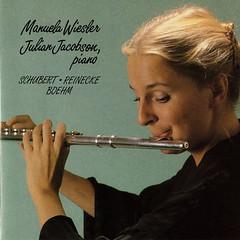 violinist(0.0), writing(0.0), trumpet(0.0), trombone(0.0), oboe(0.0), brass instrument(0.0), violist(0.0), flute(1.0), western concert flute(1.0), flautist(1.0), wind instrument(1.0),