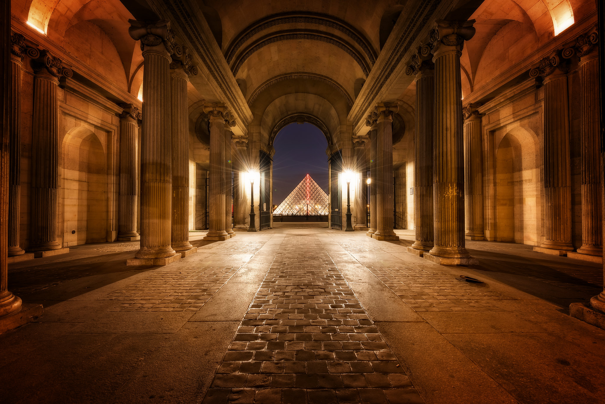 Romantic evening at the louvre paris france flickr for Romantic evening in paris