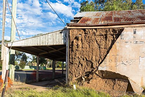 Abandoned service station, Goologong.