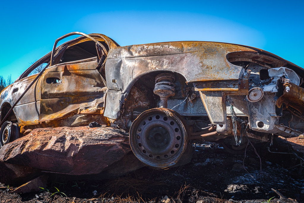 Abandoned rusty car in MacDonnell Ranges-2-3