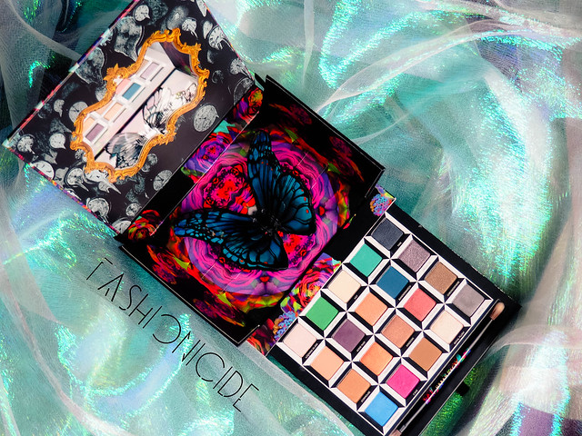 Urban Decay Alice Through The Looking Glass Review (4 of 8)