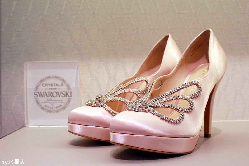 28195408742 2a646258ab b - 【熱血採訪】MOMENTANEE 台灣婚鞋第一品牌,高級手工訂製鞋款,婚紗鞋/伴娘鞋/晚宴鞋