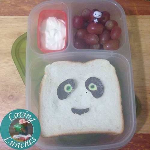 Loving a simple #KungFuPanda @easylunchboxes to start the week… #schoollunch #funwithfood #funfood